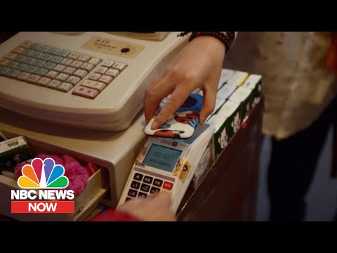 Why American Express and Discover Credit Cards Aren't
