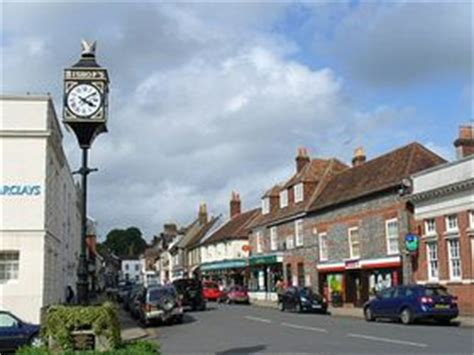 Bishop's Waltham Photo Gallery on AboutBritain