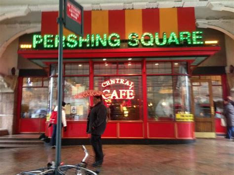 Pershing Square Café in New York, NY   Pershing, Breakfast