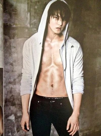 Who's the Kpop male idol with the best abs? (Updated!)
