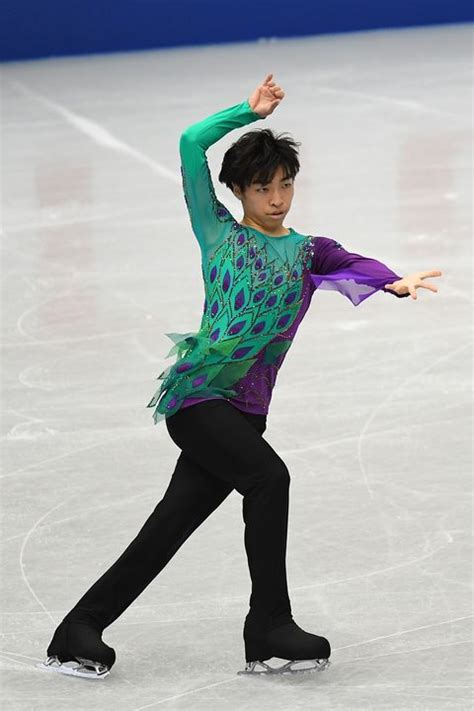 Male Figure Skaters - Mens Ice Skating Costumes