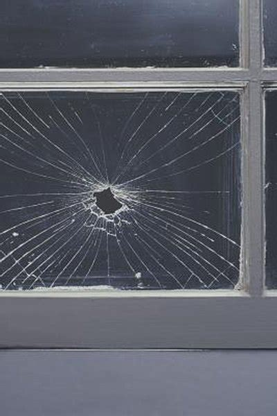 Does Homeowners Insurance Pay to Replace Broken Windows